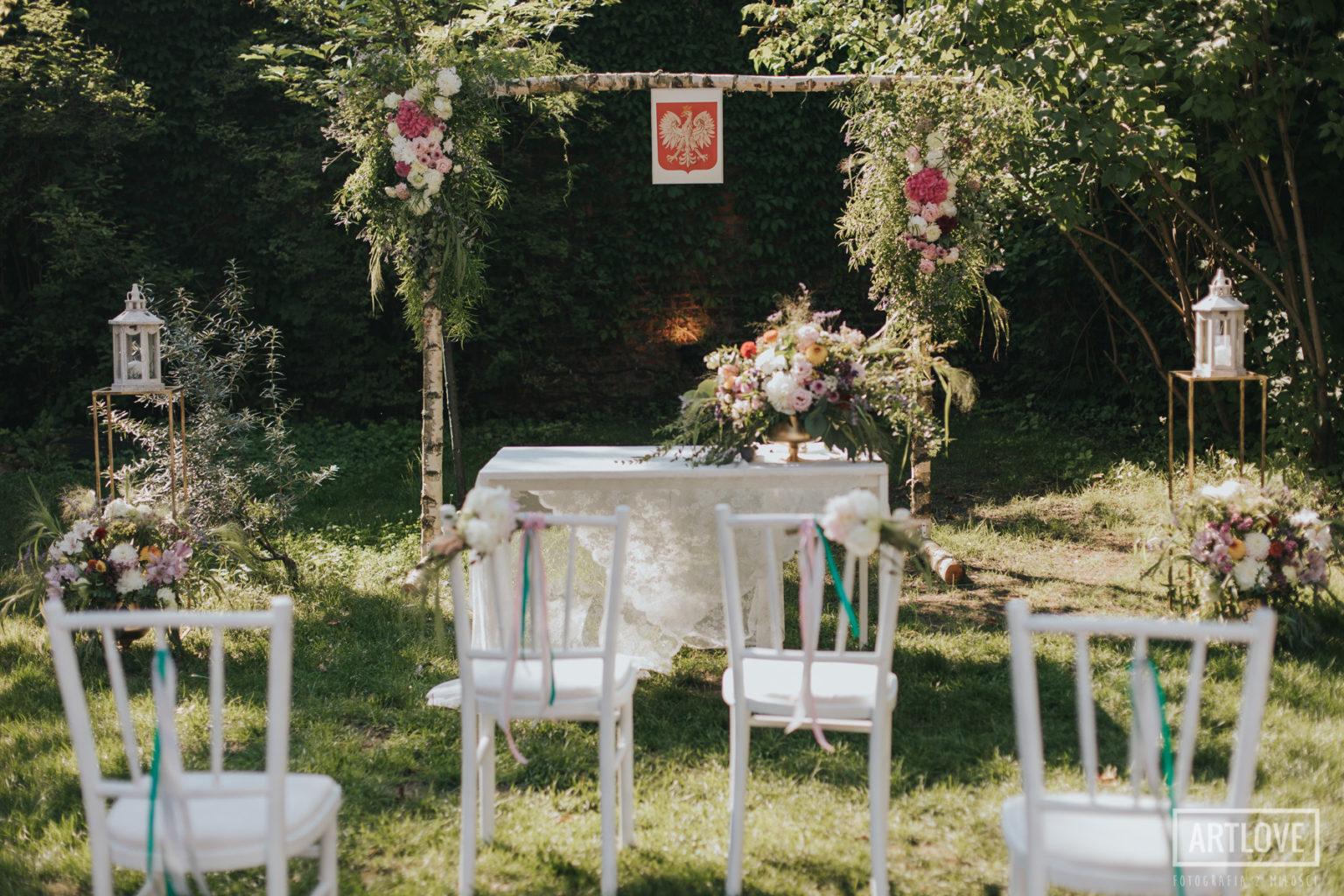 Plenerowy ślub na Spokojnej 15 w Warszawie