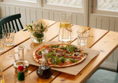 Pizza Rucola ze Spokojnej 15 najlepsza pizza w Warszawie